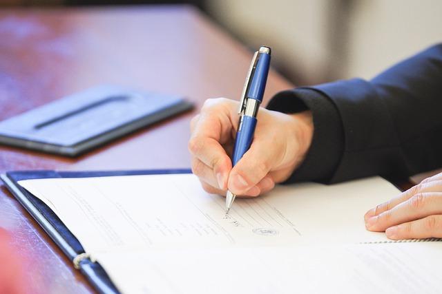 Documente emise prin SVP si folosirea semnaturilor electronice extinse